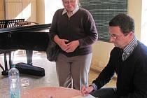 Michal Viewegh přijel mezi studenty