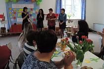 Oslava čtyřiceti let MŠ Panoší Újezd byla milým setkáním současných i bývalých zaměstnanců.