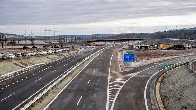 Nový úsek dálnice D6.