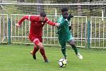 Z divizního fotbalového utkání Tatran Rakovník - Meteor Praha (0:2)