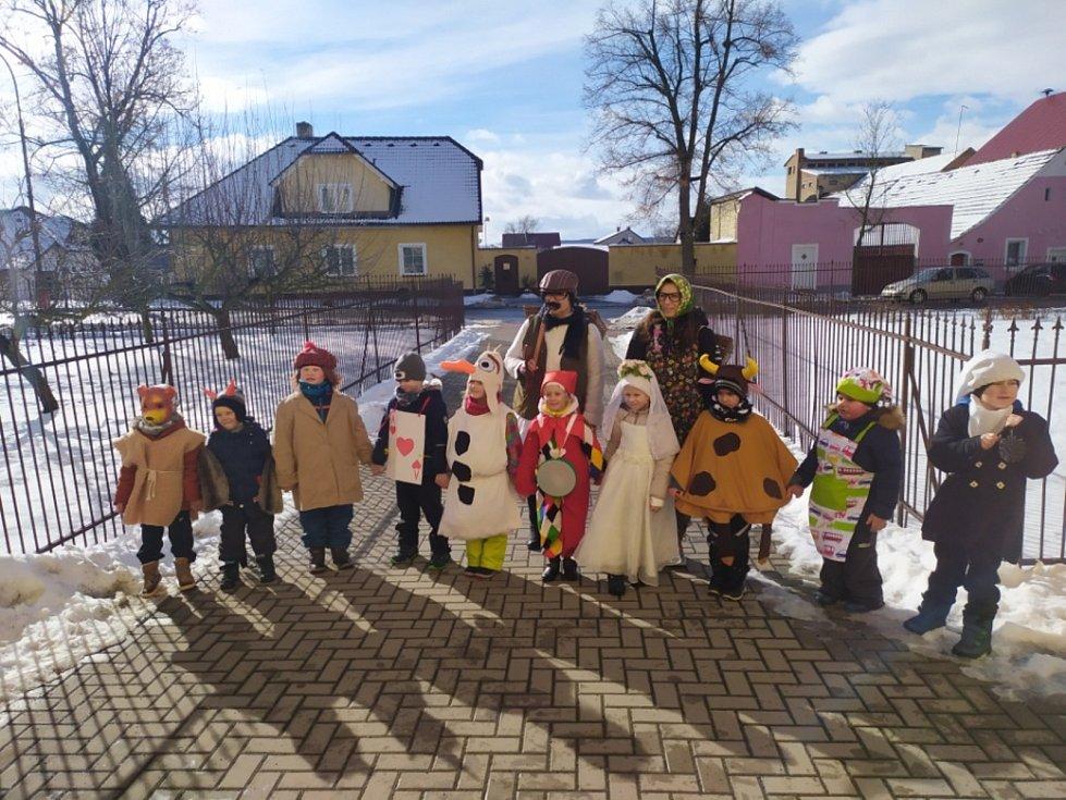 Masopustní veselí v Kněževsi.