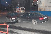 Nehoda v sobotních podvečerních hodinách na křižovatce u soudu.