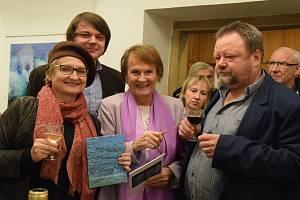 Ze zahájení výstavy Zdenky Marie Novákové - Mezi řádky let.