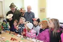 Výstava hub a fotografií zvěře v Kněževsi