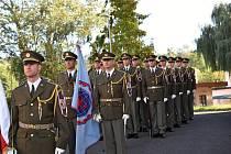 Slavnostní nástup k předání a převzetí funkce velitele Praporu podpory nasaditelných sil v Rakovníku.