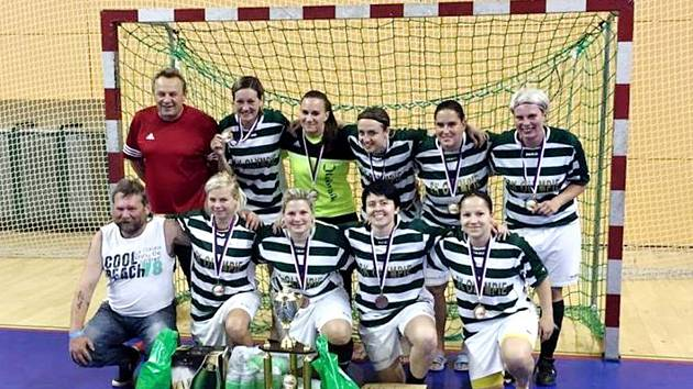 Futsalistky rakovnické Olympie získaly na republikovém šampionátu bronz.