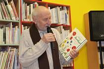 Václav Větvička v rakovnické knihovně