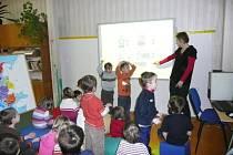 Předškoláci z Křivoklátska v roztocké základce.