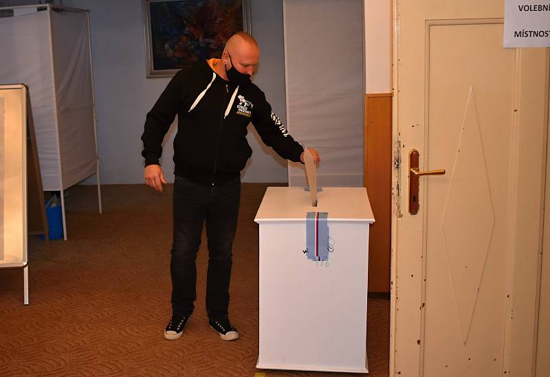 Volby v Kolešovicích.