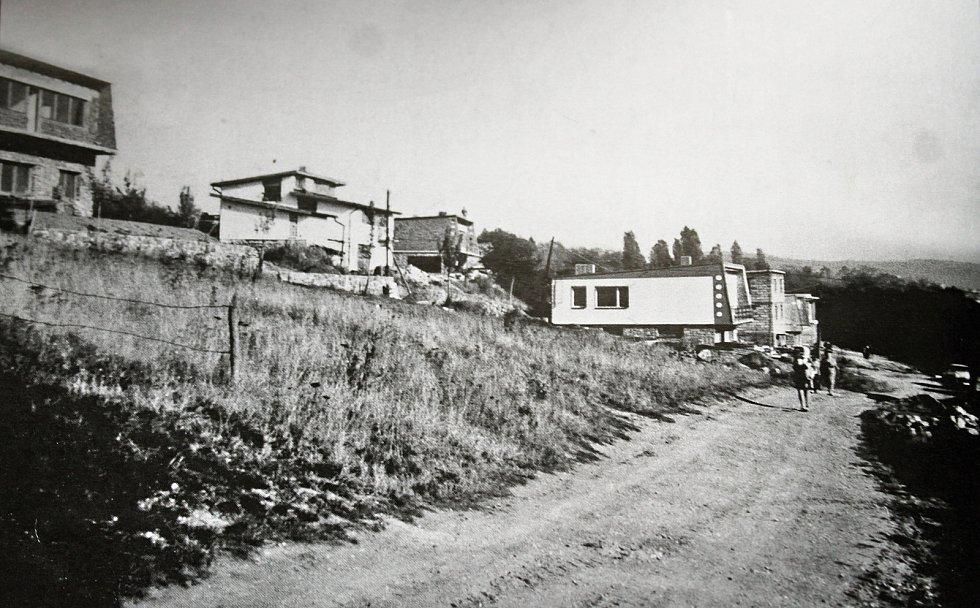 Na počátku 70. let 20. století se začala formovat ulice Nad Tržištěm.
