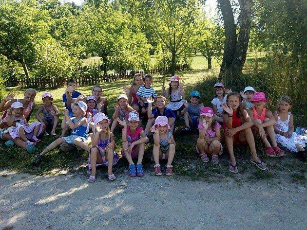 Komunitní škola v Heřmanově připravuje program pro děti téměř po celé letní prázdniny.