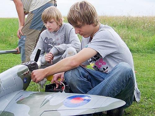 Tábor leteckých modelářů na rakovnickém letišti
