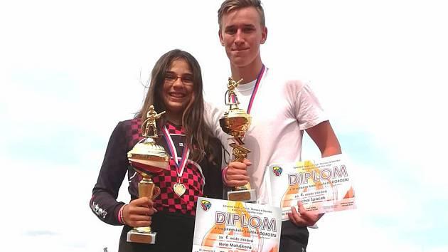 Nela Matušková a Michal Špaček postupují na mistrovství republiky dorostu, které se uskuteční v červenci ve Svitavách.