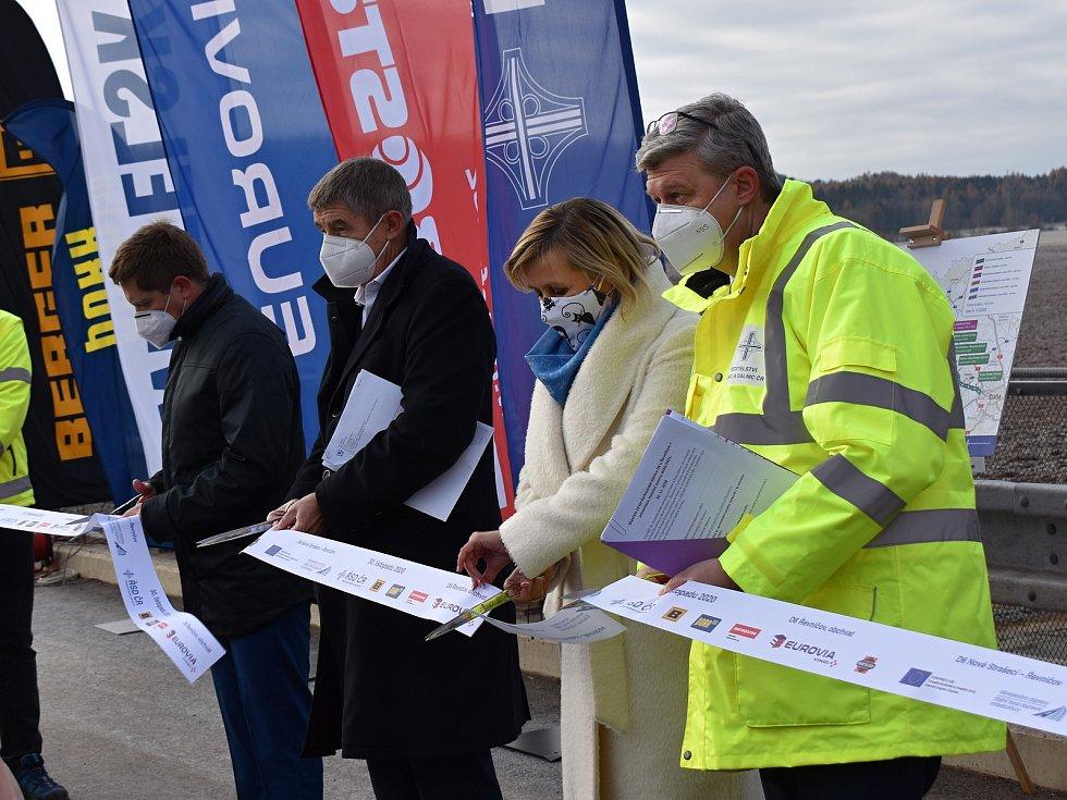 Slavnostní otevření desetikilometrového úseku dálnice D6.