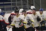 Hokejisté HC Rakovník v dalším kole krajské ligy zdolali Poděbrady 4:2.