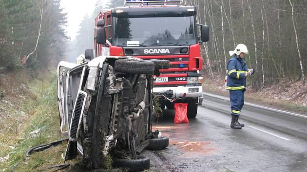Sobotní nehoda u Lužné