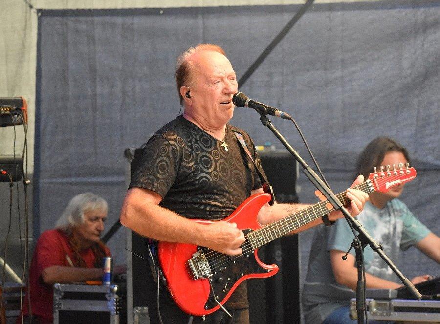 Koncert legendární rockové skupiny Olympic si přišlo do Letního kina v Rakovníku poslechnout šest set Rakovničanů.