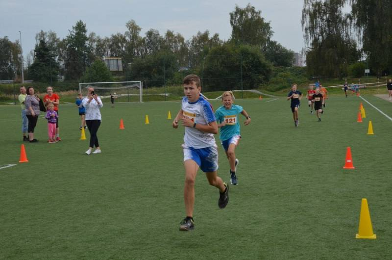 Z desátého ročníku tradičního Novostrašeckého běhu.