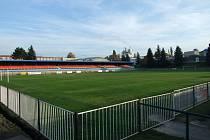 Hlavní hřiště v areálu Městského stadionu v Rakovníku