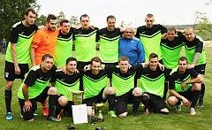 Fotbalisté Kněževsi porazili v odvetě finále okresního poháru Olešnou 5:0 a obhájili trofej.