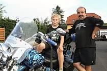 Motorkáři se sjeli už pojedenadvacáté v Olešné U Barona.