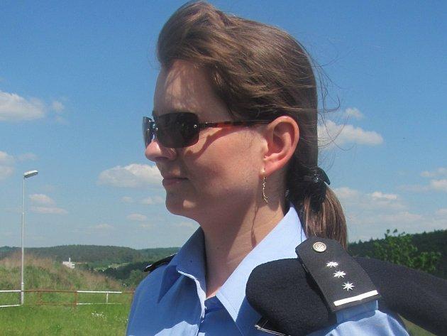 Jana Žáčková během policejní akce