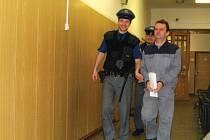 Luboš Šípek míří do soudní síně