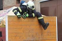 Soutěž nejtvrdší hasič přežije v Kněževsi