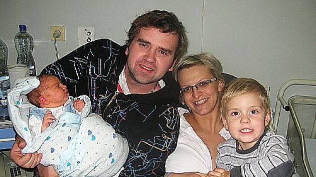 Ondrášek  a Vojtíšek s rodiči