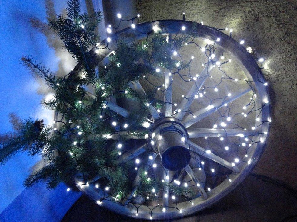 Zahájení výstavy Vánoce v Roubence.
