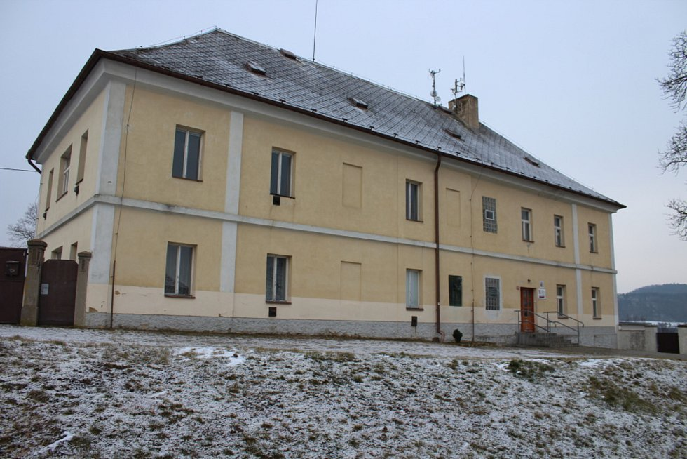 Rekonstrukcí bývalé speciální školy město vybuduje novou mateřskou školu se čtyřmi třídami.