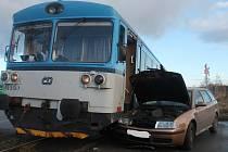 Srážka s vlakem na přejezdu u Lubné