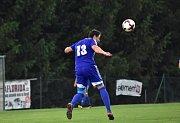 Fotbalisté Zavidova zdolali Černolice 2:1 a udrželi šanci na záchranu I. A třídy.