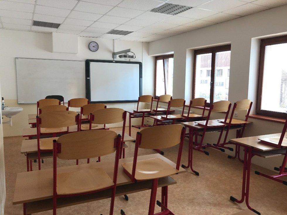 Z oslav 70. výročí založení Střední lesnické školy a Středního odborného učiliště Křivoklát, Písky.