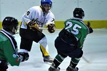Rakovničtí hokejisté předvedli spolu s příbramskými líbivý a zajímavý hokej, který si diváci pochvalovali.