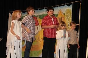 Vánoční besídka v Dětském domově Nové Strašecí