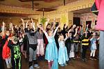 Dětský maškarní karneval v Šanově měl úspěch.