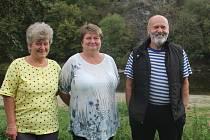Jitka Veselá (uprostřed)
