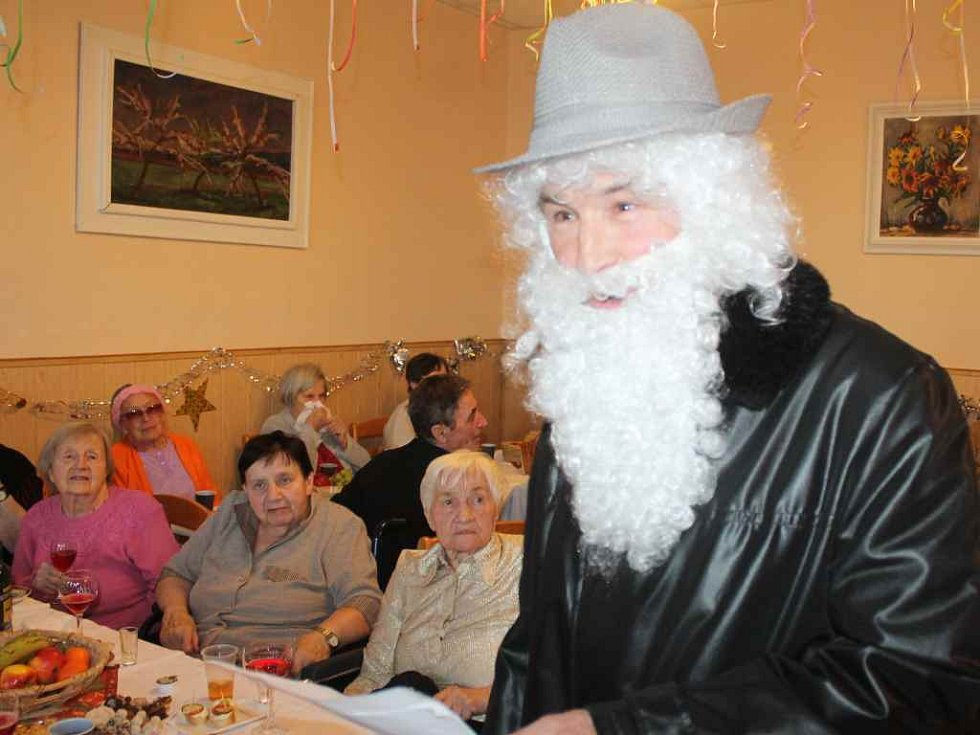 Oslava Silvestra v DS Nové Strašecí - 2016