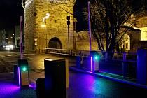Závory na Husově náměstí v Rakovníku zůstanou zvednuté po celé vánoční svátky