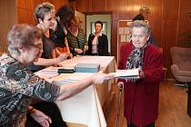 Fotostřípky z páteční přímé volby prezidenta na Rakovnicku