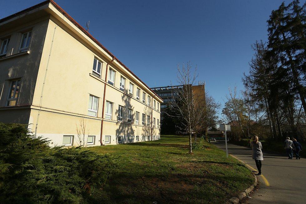 Areál Masarykovy nemocnice v Rakovníku.