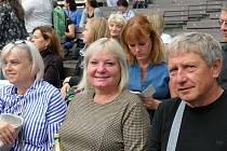 Z divadelního představení Rodina je základ státu, které se odehrálo v rakovnickém letním kině.