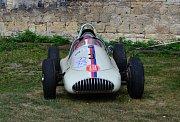 Na start se postavilo 87 automobilů, z toho jich bylo 11 závodních, a 26 motocyklů.