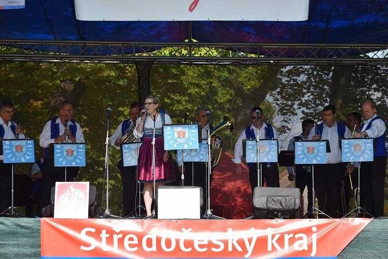 Osmnáctý ročník přehlídky dechovek Kněževeská dechparáda.