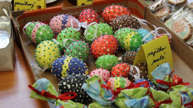 Středočeský kraj a poskytovatelé sociálních služeb zvou nejen své zaměstnance na tradiční velikonoční výstavu, která se letos bude konat 19. března od 9 hodin v budově Krajského úřadu Středočeského kraje.