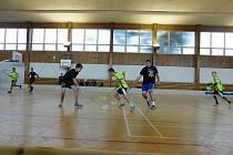 Hala BIOS v Novém Strašecí je využívána nejen florbalisty, ale i sálovými fotbalisty či stolními tenisty.