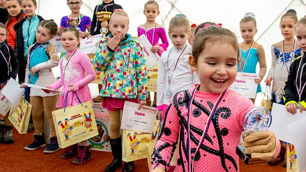 Rakovnické krasobruslařky vybojovaly na závodech v Hořovicích tři medaile a další cenná umístění.
