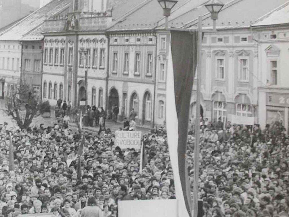 Sametová revoluce v Rakovníku