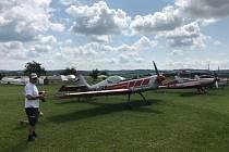 Z Rakovnického Skyleader poháru na letišti Aeroklubu Rakovník.